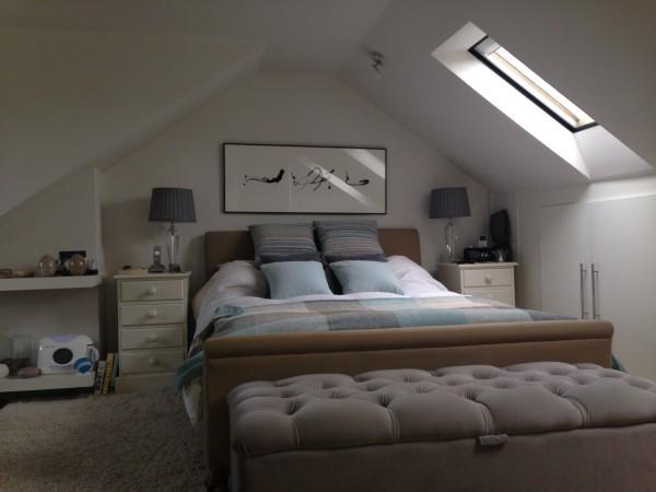 Phi bedroom