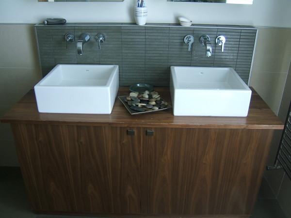 Bathroom unit (3)