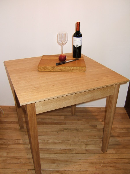 Oak dining table (4)