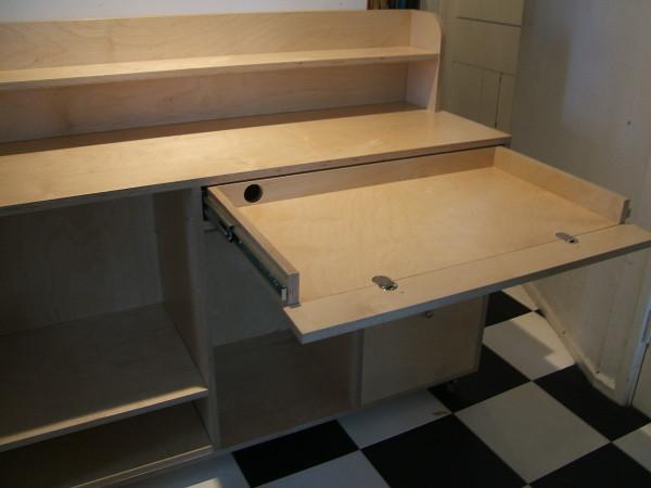 Ply desk (2)